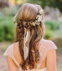 ねじり編み+花冠のダウンヘア
