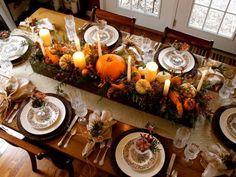 halloween table decor Fall Table Settings, Thanksgiving Table Settings, Holiday Tables, Christmas Tables, Christmas Christmas, Diy Thanksgiving Centerpieces, Thanksgiving Tablescapes, Happy Thanksgiving, Rustic Thanksgiving