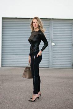 Valentino Rockstud Pumps, Rockstud Shoes, Black Pumps Outfit, Chanel, Shiny Leggings, Valentino Black, Faux Leather Pants, Marchesa, Style Inspiration