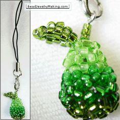 MATERIALE: rocailles 11/0 in diverse tonalità di verde chiodino 1 perla 5 mm ...