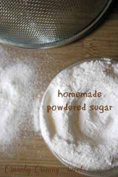 Homemade Powdered Sugar: 1 c granulated sugar 2 Tbsp cornstarch. Place sugar & cornstarch in a food processor and process until powder forms. Be careful when opening your food processor, as a cloud of sugar will form. Baking Tips, Baking Recipes, Dessert Recipes, Baking Hacks, Cupcakes, Cupcake Cakes, Make Powdered Sugar, Granulated Sugar, Cookies Receta