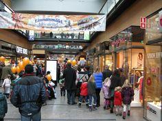 Linnanmäki näkyi koko kauppakeskuksessa vuoden 2013 tapahtumapäivänä.