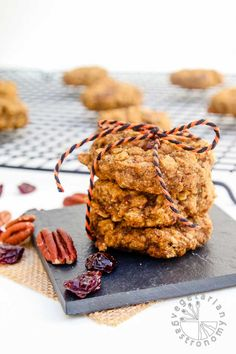 Pumpkin Pecan Breakfast Cookies (vegan, gluten-free)   Vegetarian Gastronomy www.vegetariangas...   Grab-and-go for a quick breakfast, or enjoy as a dessert, these refined sugar free cookies are made with whole ingredients and are delicious!