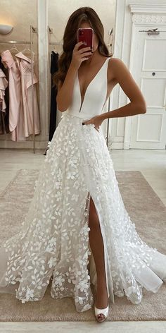 dream wedding dresses Country Wedding Dresses Backless Eleganza Sposa wedding dresses and gowns Wedding Dress Trends, Best Wedding Dresses, Bridal Dresses, Wedding Ideas, Dress Wedding, Lace Wedding, Wedding Shoes, Bridesmaid Dresses, Wedding Night