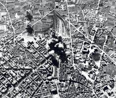 Spain - 1937. - GC - Valencia tras el bombardeo de la Estación del Norte y del barrio de Ruzafa en 1937.