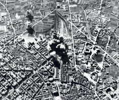 Vista aérea del bombardeo de la Estación del Norte (Valencia, 1937)    Valencia tras el bombardeo de la Estación del Norte y del barrio de Ruzafa durante la Guerra Civil Española, en 1937.