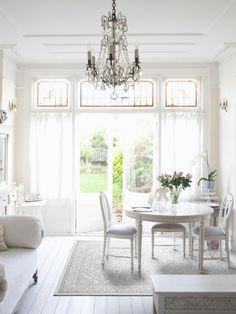 Ein Traum in Weiß: benuta Teppich Optic Cosy im Vintage Stil