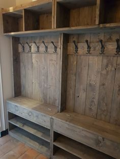 Furniture Projects, Home Projects, Diy Furniture, Flur Design, Mudroom Laundry Room, Home Organization, Home Remodeling, Diy Home Decor, Home Goods