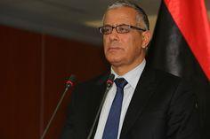 Libia, il primo ministro Ali Zeidan nega il colpo di stato: 'tutto è sotto controllo!'