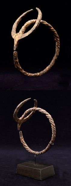 Africa | Bracelet from the Senufo people of Ivory Coast | Iron | Early to mid 20th century || Sold