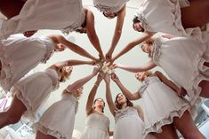 10 Must-Have Wedding Photos with The Girls -- The Bridesmaid Toast