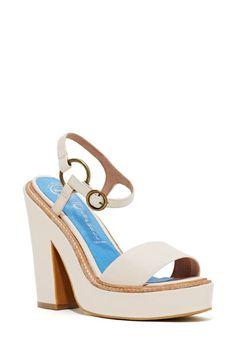 Jeffrey Campbell Giula Platform Sandal - Nude | Shop Shoes at Nasty Gal