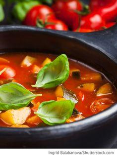 Tomatensuppe mit Zucchini Tomatnyj sup s zuckini - Томатный суп с цуккини - Russische Rezepte