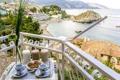 Stunning oceanview from your very own balcony in Sicily. Book holiday homes in Sicily at : www.atraveo.com/sicily  #sicily #bliss #summer