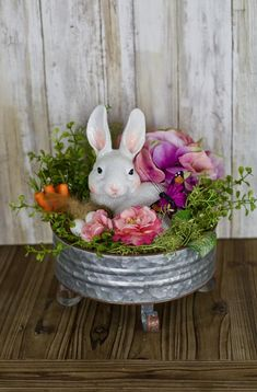 Easter Rabbit Centerpiece on Galvanized Pedestal Easter Decor for Table Rabbit D. - Easter Rabbit Centerpiece on Galvanized Pedestal Easter Decor for Table Rabbit Decor Easter Floral - Easter Flower Arrangements, Easter Flowers, Floral Arrangement, Oster Dekor, Diy Osterschmuck, Easy Diy, Diy Crafts, Easter Crafts For Adults, Easter Ideas
