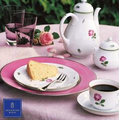 Coffee Pot, Sugar Bowl, Jug, Coffee Cup,  and Dessert Plate Shape Schubert, Pattern Viennese Rose. Setting Plate Shape Schubert with Coloured Border Pink and Platinum Rim. #Augarten #ViennaPorcelain #AustrianTradition Dining Ware, Pot Sets, Traditional Wedding, Sugar Bowl, Tea Set, Vienna, Tabletop, Tea Time, Coffee Cups