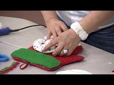 Sección Mi Taller del Programa El Yipao, 9 de Octubre - YouTube Christmas Time, Diy, Dolls, Videos, Crafts, Home Decor, Handmade Christmas Decorations, Baby Shoes, Christmas Decor
