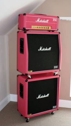 Pink Marshall amps and head. Guitar Rig, Cool Guitar, Guitar Shop, Gretsch, Marshall Guitar, Marshall Amplification, Pink Guitar, Bass Amps, Kiesel