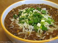 Farmgirl Fare: Recipe: Quick and Easy Black Bean Chili with Canned Black Beans, Tomatoes, Roasted Red Peppers, and Corn