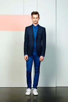 Seems like Cacharel is revamping its tarnished image, igniting some fresh blood on its second menswear collection ever. The Spring/Summer 2014 collection of the classic french house is mainly. Sharp Dressed Man, Well Dressed Men, Gents Fashion, Look Fashion, Half Shirts, Hipster Man, Young Fashion, Good Looking Men, Summer Collection