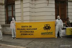 JUNIO - Greenpeace organizó una jornada contra la energía atómica en Córdoba, que convocó a decenas de voluntarios y logró más de dos mil firmas en 24 localidades de la provincia. Los eventos se realizaron en el marco de la campaña Córdoba No Nuclear.  © Greenpeace
