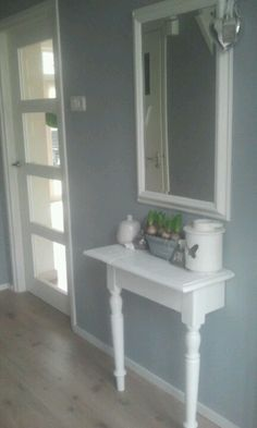 De hal: mooi - vloer - muurkleur - deur