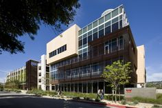 331 Foothill Road Office Building,© RMA Architectural Photographers