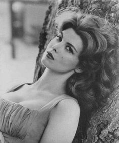 Tina Louise...beautiful!
