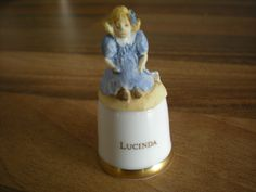 RARE SUTHERLAND  CHINA BEATRIX POTTER  THIMBLE - LUCINDA