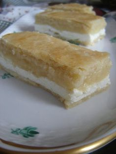 Az 5 legfinomabb almás süti - almás-túrós süti Vanilla Cake, Baked Goods, Sweet Recipes, Food And Drink, Pudding, Cheese, Baking, Ethnic Recipes, Drinks
