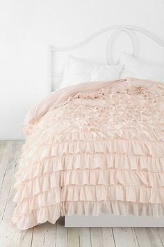 waterfall ruffle duvet cover / urban outfitters