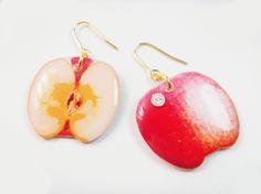 リンゴ by 51goiti アクセサリー ピアス | ハンドメイド、手作り作品の通販・販売サイト minne(ミンネ)