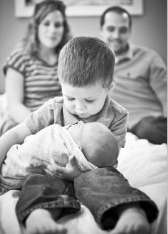 sibling newborn photo ideas - Google Search