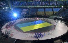 Свободные нации и страны vs изгои с территории 404: Олимпиада-2018 в Пхёнчхане стартовала (фото дня) Смотри россиянин, это флаг нашей Украины на Олим