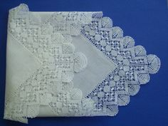 lace+hankie+images+|+Lace+Handkerchief+in+100%+cotton+with+border+of+handmadeBelgian+Bobbin+...