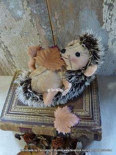 Hazel the hedgehog: vintage style, soft sculpture, hand painted, fabric art doll animal (hedgehog, hedgepig).