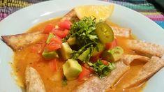 Sopa de tortilla mexicana vegana