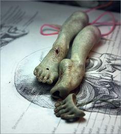from Vertebra, fascinating paper-mache dolls
