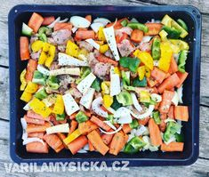 Pečená zelenina s kuřecím masem Pasta Salad, Cobb Salad, Ethnic Recipes, Fit, Crab Pasta Salad, Shape