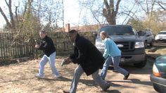 The SRT moves in on four drug dealers.