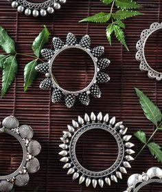 How To Make Silver Bracelets Key: 7121747140 Metal Jewelry, Antique Jewelry, Gold Jewelry, Tribal Jewelry, Jewelry Art, Jewelry Rings, Marcasite Jewelry, Oxidised Jewellery, Gold Mangalsutra