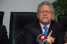 MANUAL PARA QUEBRAR A UN PAIS RICO POR CHAVEZ Y MADURO