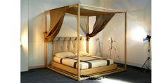 """Cinius - Lit en bois """"Yasumi"""" à baldaquin, avec estrade autour du lit en Tatami. Lit japonais, Lit de style japonais"""