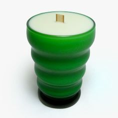 Anchor Hocking Whirly Twirly Green Glass: Soy Candle with Wood Wick Custom Candles, Vintage Candles, Vintage Green, Vintage Wood, Great Housewarming Gifts, Retro Home, Soy Candles, Candle Holders, Anchor Hocking