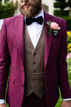 Check out our collection of burgundy suits. This colour looks great as a plain suit, checked suit and tweed suit ___________________________________________ #burgundysuit # bespokesuit weddingsuit #menssuits #menstyleguide #groomstyle #gqstyle #dapperlydone #tailoredsuit #groominspiration #menslaw #weddinginspo #realmenstyle #simplydapper #gentlemenstyle #suitstyle #suitsupply #groomsuit #groomstyle #meninsuits #sprezzaturra #bespokesuit #mensuitstyle #gqinsider