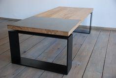 Placa de latón reciclada y mesa de centro roble