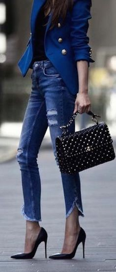 Valentino, style, diamond Universe Production,  model, bags, shoes, skinny jeans, blazer