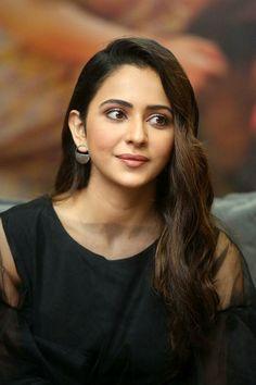 Young Actresses, Female Actresses, Indian Actresses, Punjabi Actress, Bollywood Actress, Neha Pendse, Shivani Surve, Aditi Arya, Sonia Agarwal