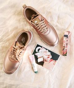 Nike | rose gold | rose gold sneakers | finally | trend | style | athlesiure