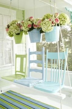 Ways to Repurpose Old Chairs What a great idea for repurposing old chairs - a swing made from old broken chairs.What a great idea for repurposing old chairs - a swing made from old broken chairs. Repurposed Furniture, Shabby Chic Furniture, Repurposed Items, Furniture Ideas, Shabby Chic Yard Ideas, Reuse Furniture, Shabby Chic Porch, Furniture Design, Porch Furniture